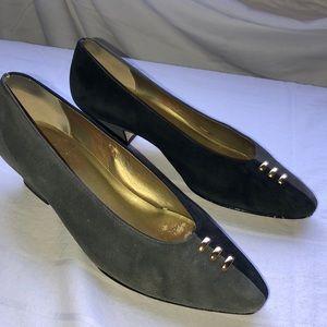 Etienne Aigner black & grey suede pumps